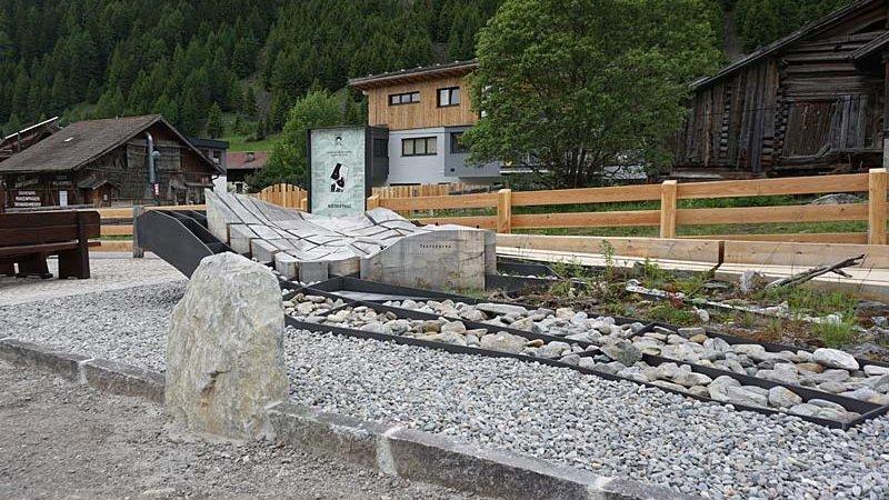 Infopunkt Niederthei - NATURPARK ÖTZTAL