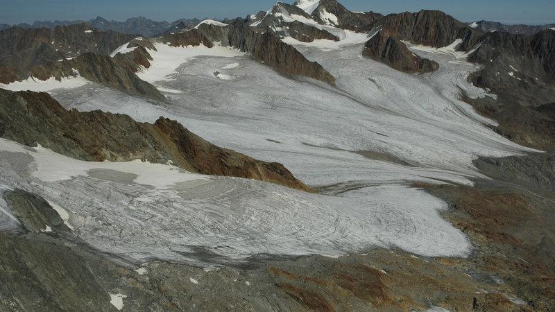 Bild 3 Schwerpunktthema KLIMA: Die Gletscher im Ötztal zeigen die Klimaveränderung auf – im Bild der Vernagtferner mit Wildspitze ©NP ÖTZTAL – Jakob Abermann